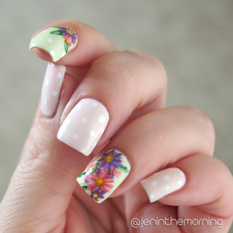 #nailartsep Aster Manicure in natural light