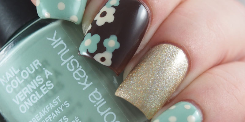 Brown and Blue Floral Dotticure