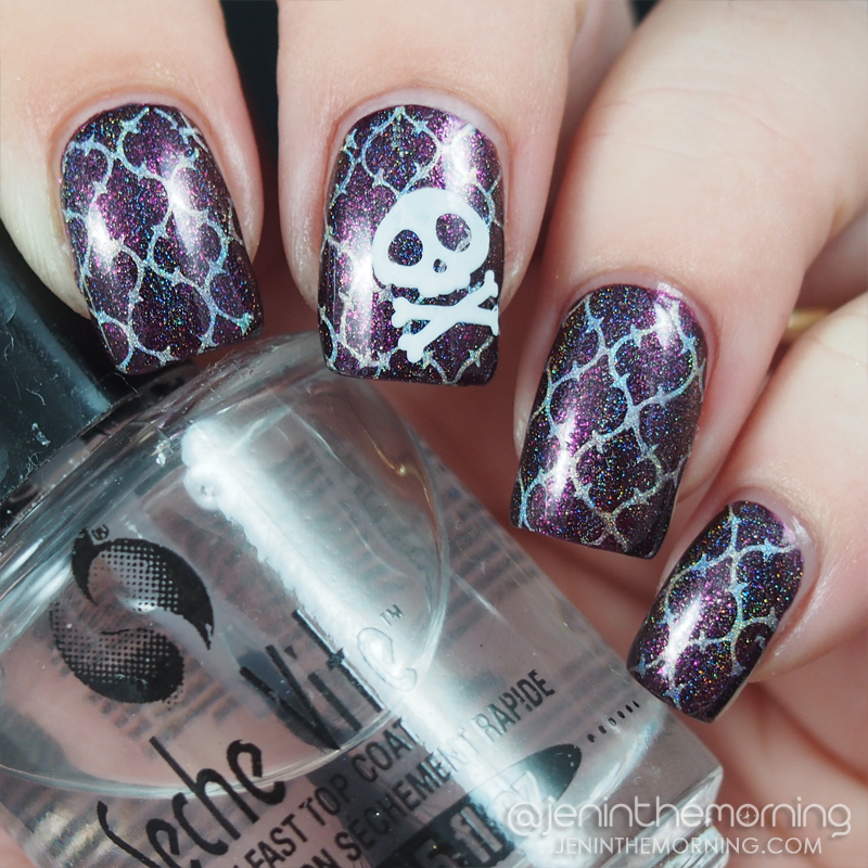 Quatrefoil Pirate? Nails